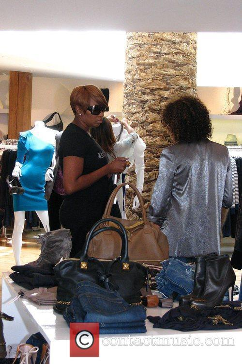 'the Real Housewives Of Atlanta' Star Nene Leakes Shopping At Intermix After Shopping At Rock 6
