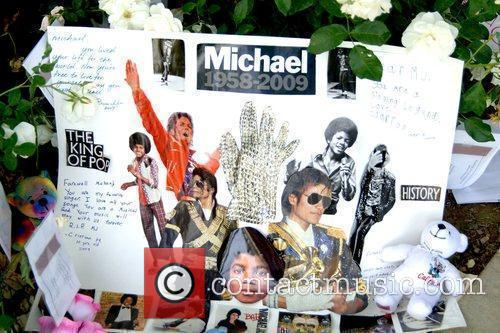 Personal Mementos and Michael Jackson 7