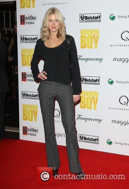 Donna Air Quintessentailly hosts the premiere of 'Nowhere...