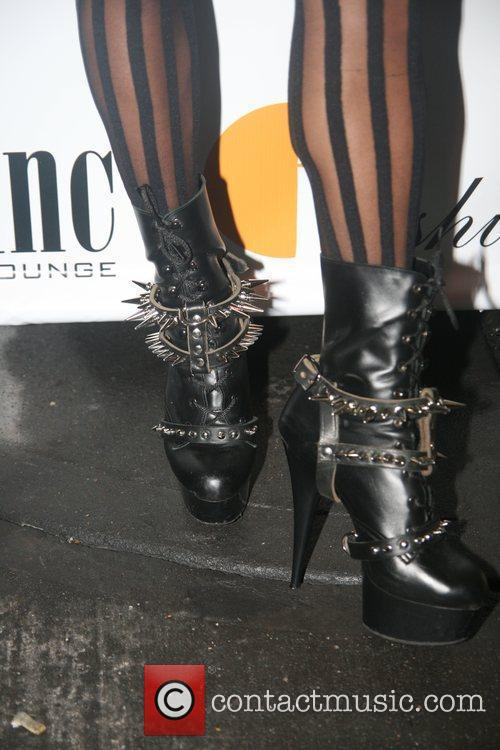 Melody Thornton from the Pussycat Dolls Indashio fashion...