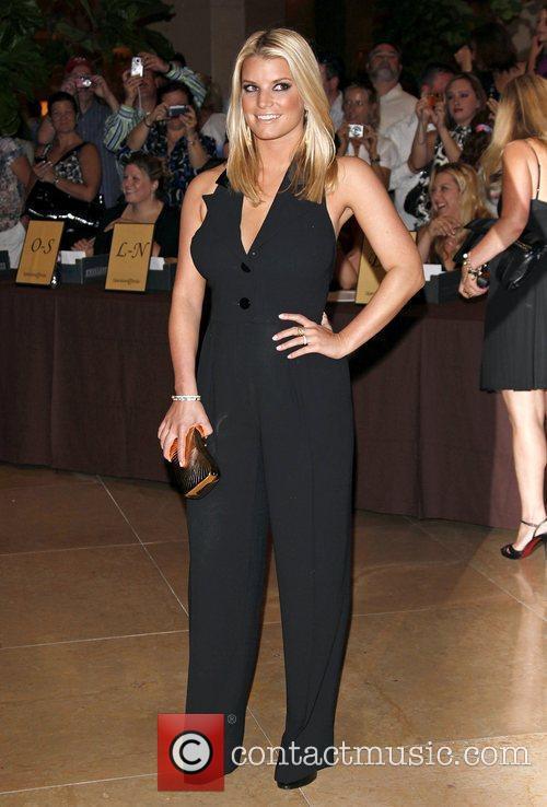 Jessica Simpson, Beverly Hilton Hotel