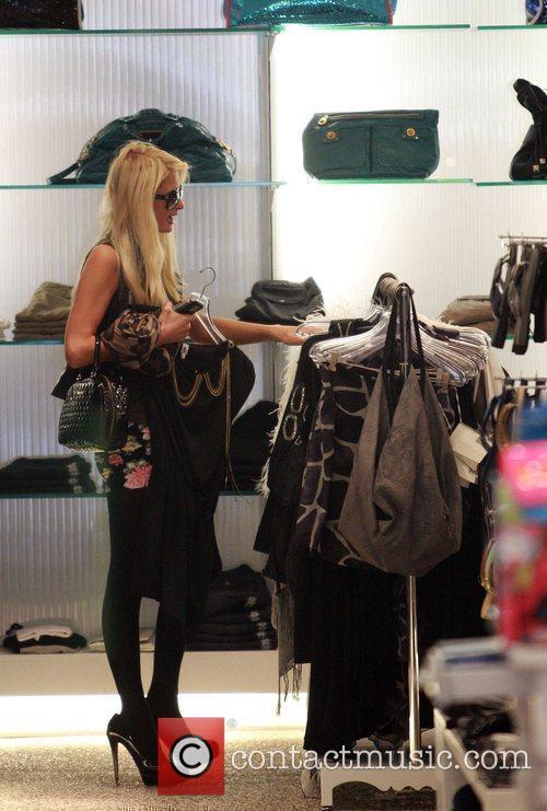 Paris Hilton goes shopping at Kitson boutique after...