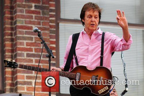Sir Paul Mccartney, Cbs and David Letterman 1