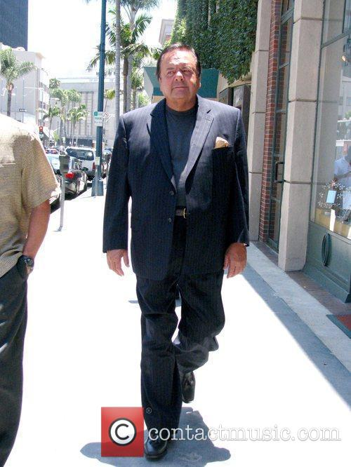 Paul Sorvino walks to get lunch on Bedford...
