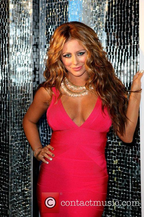 Aubrey O'day Takes To The Stage As The Peep Diva In Peepshow At Planet Hollywood 10