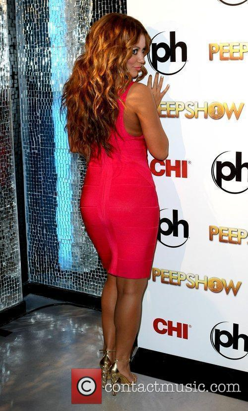Aubrey O'day Takes To The Stage As The Peep Diva In Peepshow At Planet Hollywood 11
