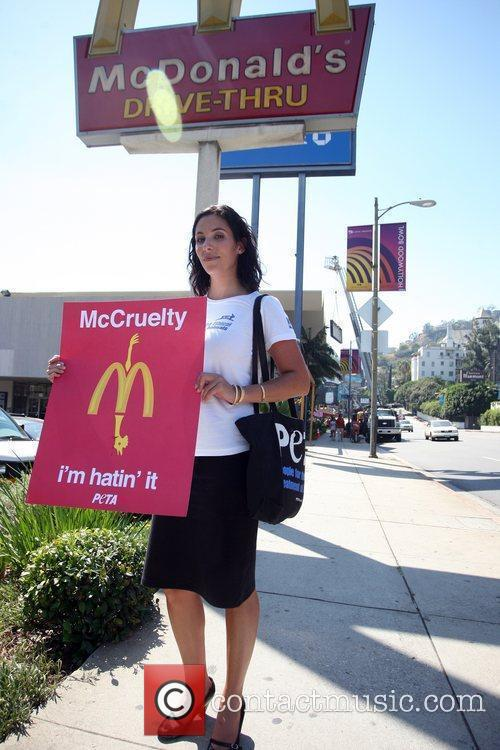 A Protester Stands Outside A Mcdonalds Restaurant In A Bid To Trigger A Change In The Way Chickens Are Slaughtered In The Us For Fast Food Chains 2