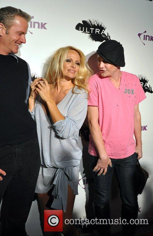 Dan Matthews and Pamela Anderson 3