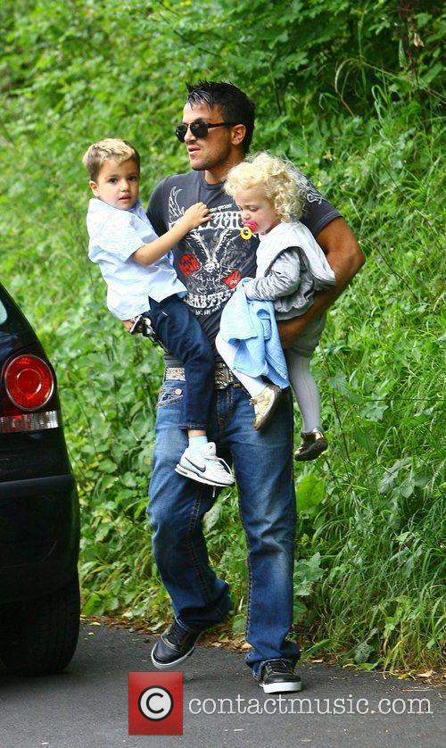 Peter Andre, With His Children Princess Tiaamii and Junior 7