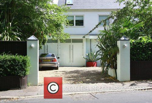 Peter Andre's house before having a new gate...