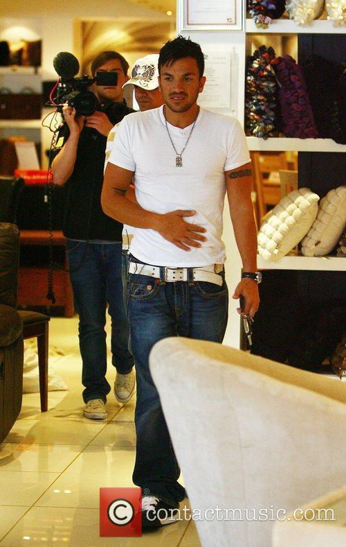 Peter Andre being filmed shopping at Marsha's interiors...