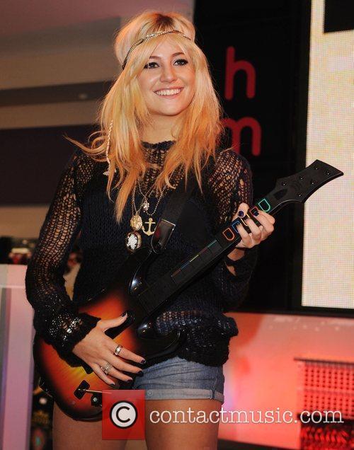 Pixie Lott promotes Guitar Hero 5 at HMV...