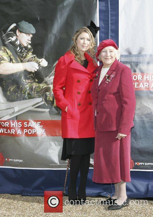Hayley Westenra and Dame Vera Lynn 3