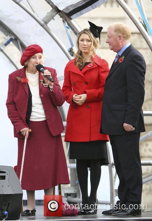 Hayley Westenra and Dame Vera Lynn 2