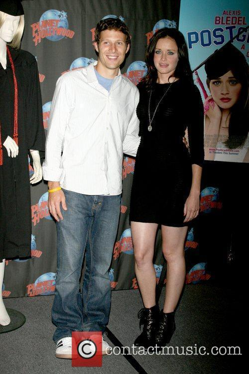 Zach Gilford and Alexis Bledel 2