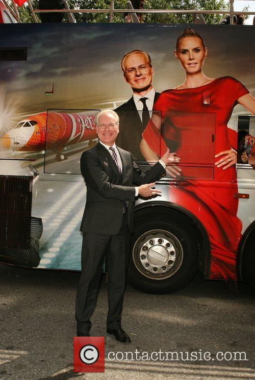 Tim Gunn of 'Project Runway' and models from...