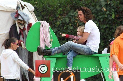Chris Cornell and family visits Mr. Bones Pumpkin...