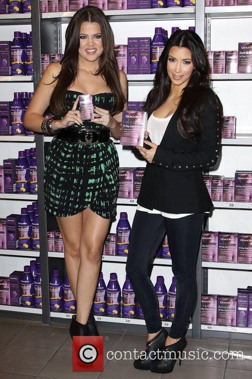 Khloe Kardashian and Kim Kardashian 9