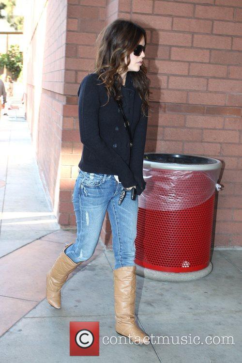 Rachel Bilson goes shopping to Target