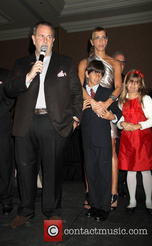 Raul De Molina and Lili Estefan 4