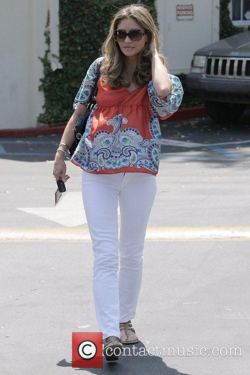 Rebecca Gayheart Leaving Cafe Med At Sunset Plaza After Having Lunch With Friends 6