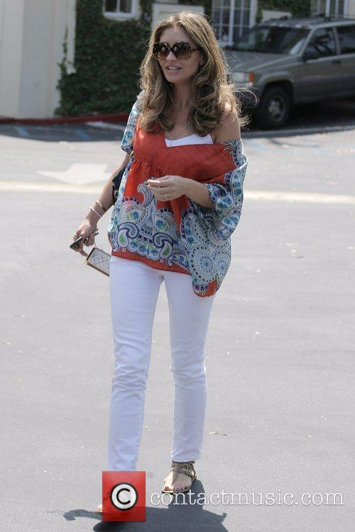 Rebecca Gayheart Leaving Cafe Med At Sunset Plaza After Having Lunch With Friends 4