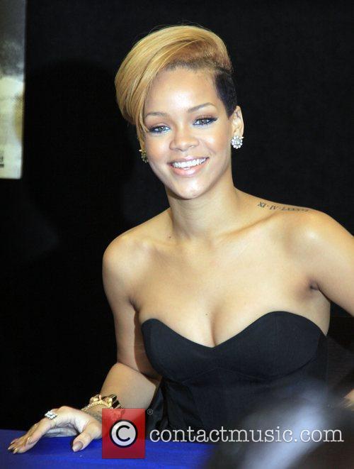 Rihanna and Def Jam 33