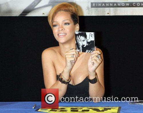 Rihanna and Def Jam 10