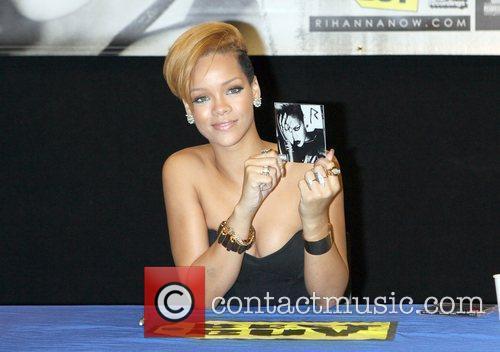 Rihanna and Def Jam 21