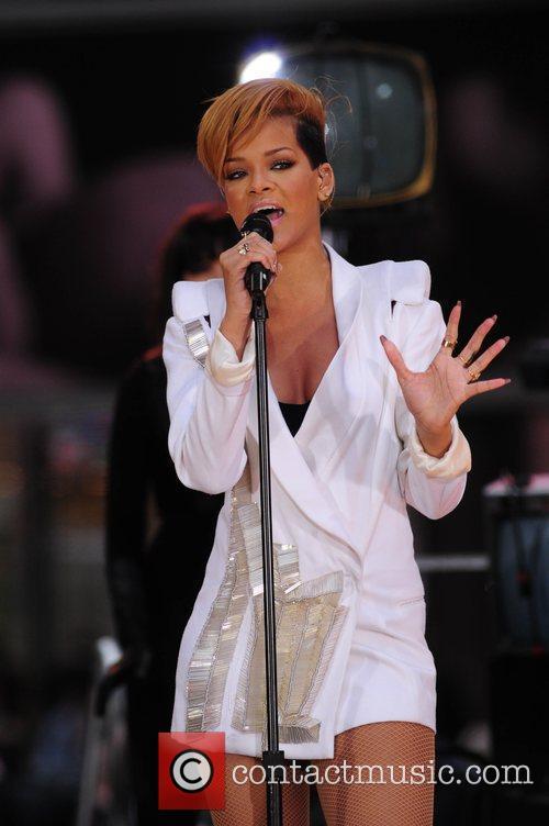 Rihanna 139