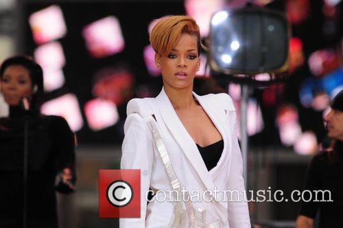 Rihanna 137