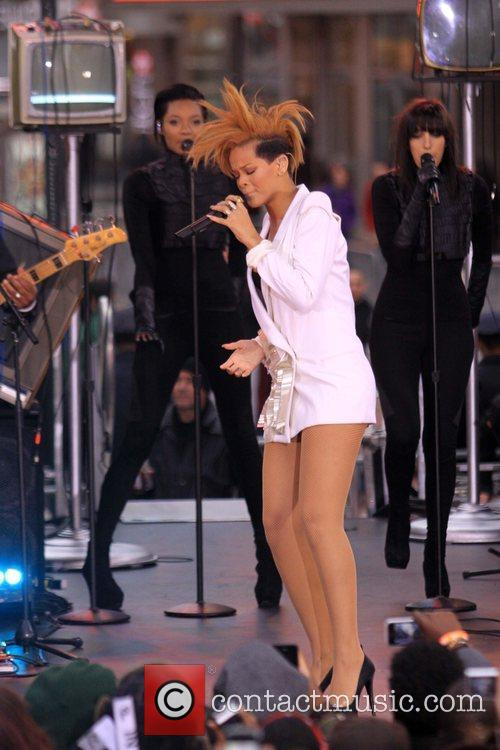 Rihanna 114