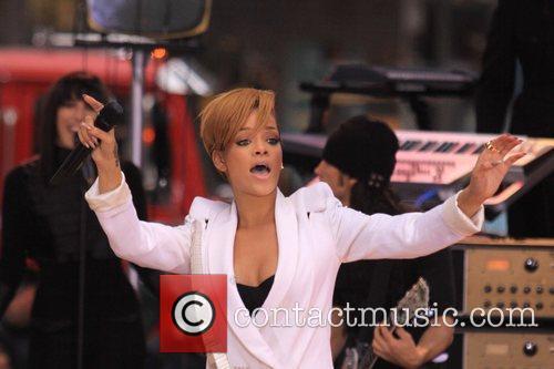 Rihanna 119