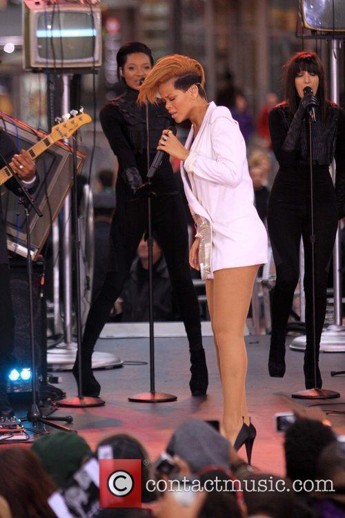 Rihanna 117