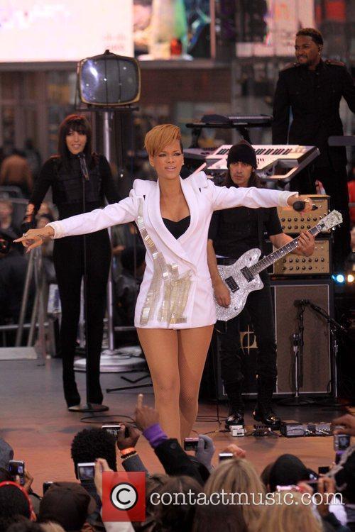 Rihanna 42