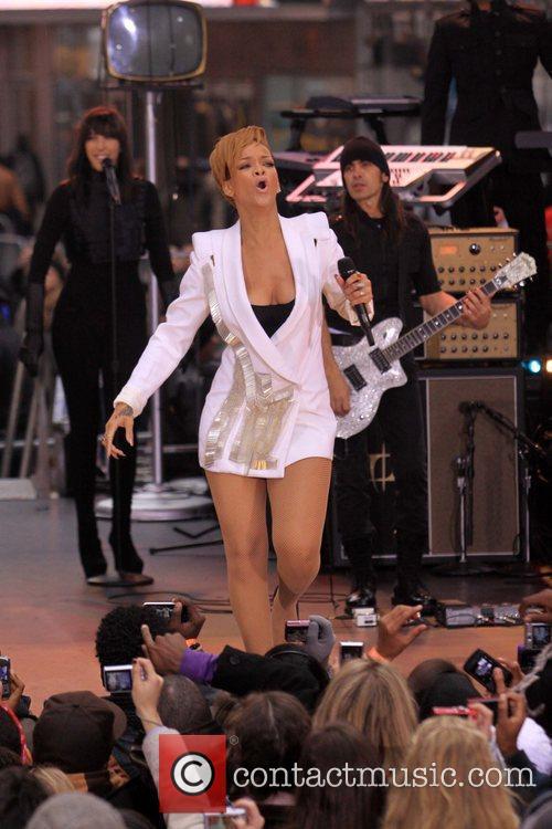 Rihanna 58
