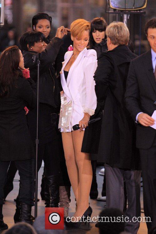Rihanna 66