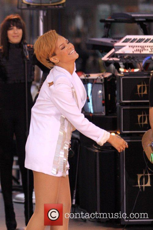 Rihanna 91
