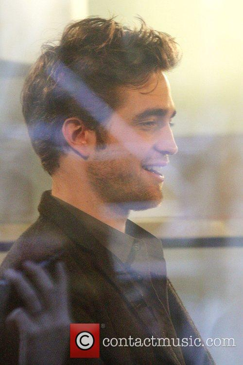 'Twilight' hunk Robert Pattinson inside the NBC studios...