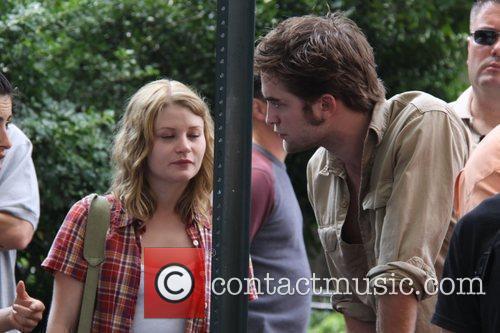 Emilie de Ravin and Robert Pattinson  on...