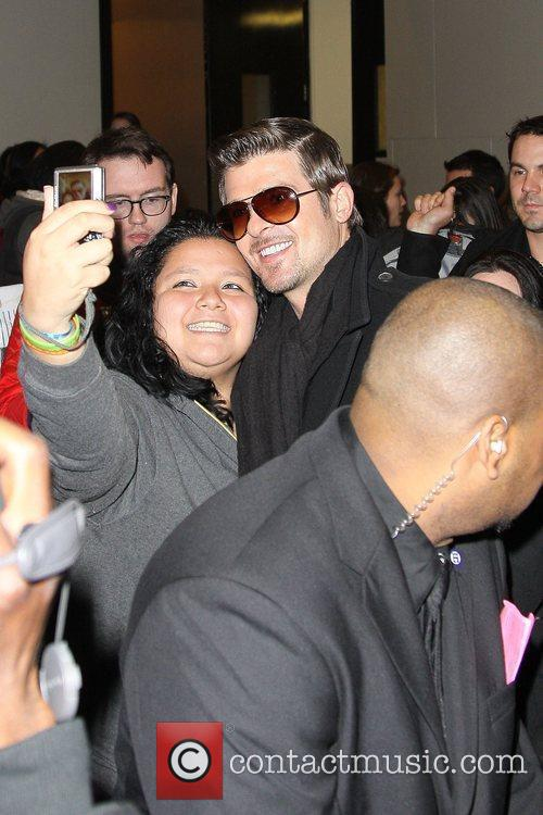 Robin Thicke and MTV 14