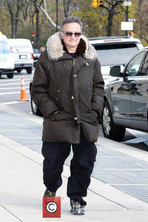 'Old Dogs' star Robin Williams out and about...