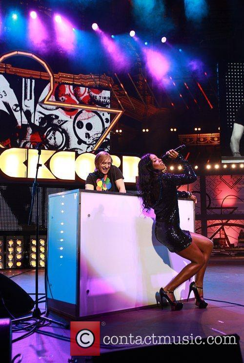 Kelly Rowland and Dj David Guetta 3