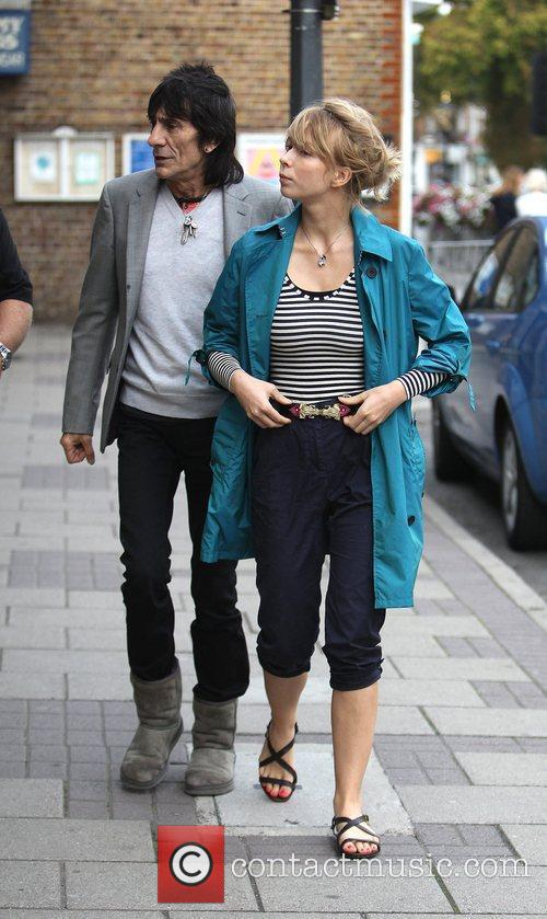 Ronnie Wood and Ekaterina Ivanova 25