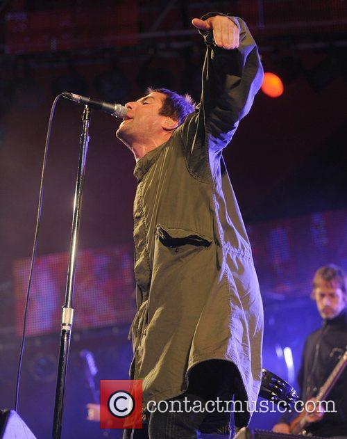 Oasis and Roskilde 2