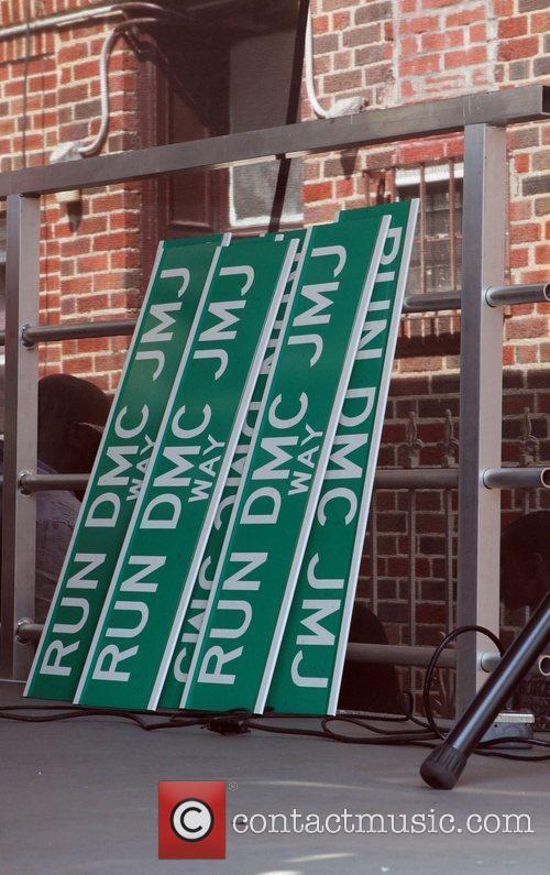 205th Street in Hollis is re-named Run DMS...
