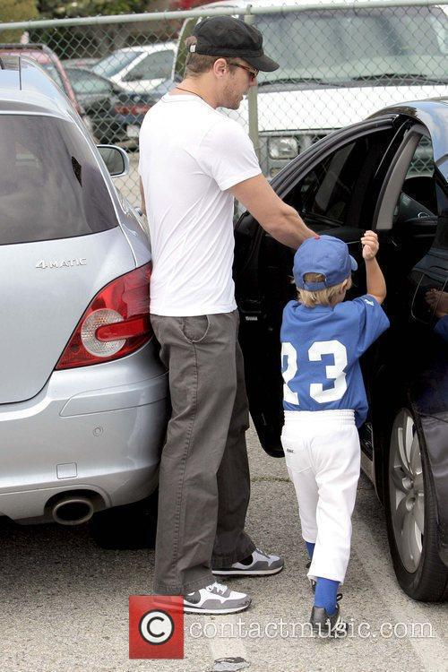 Ryan Phillippe and Deacon Reese Phillippe 7
