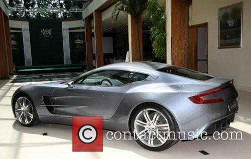 Aston Martin One 77 Salon Prive Luxury supercar...