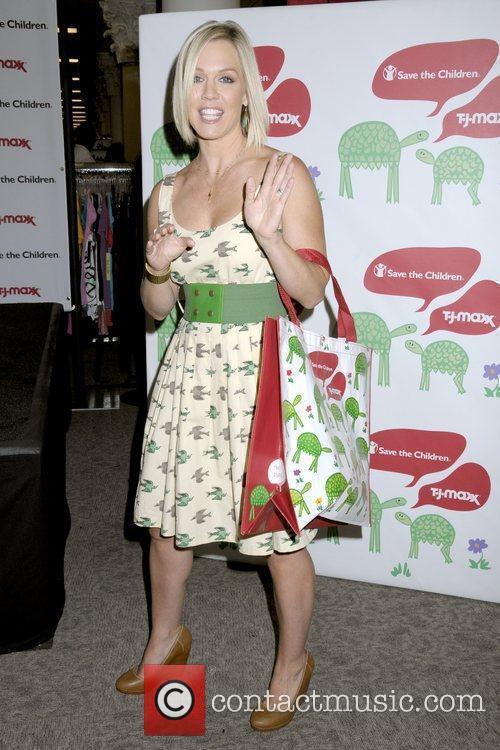 Jennie Garth Save The Children have partnered up...
