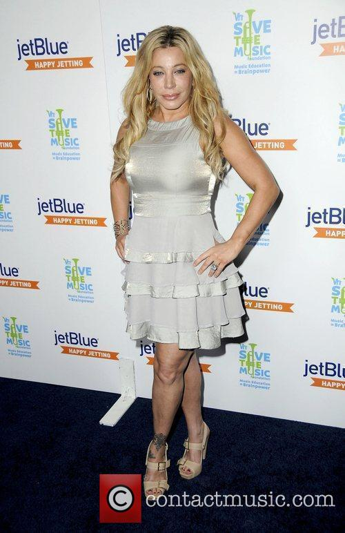 JetBlue and VH1 launch Save the Music at...
